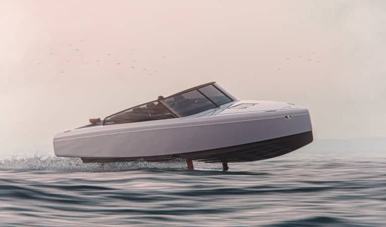 This electric yacht can cruise at a speed of 30 knots