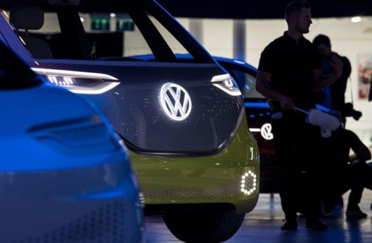 Volkswagen developing driverless minivan for city shuttle services