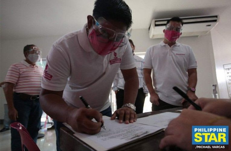 Oreta's brother files COC for Malabon mayor