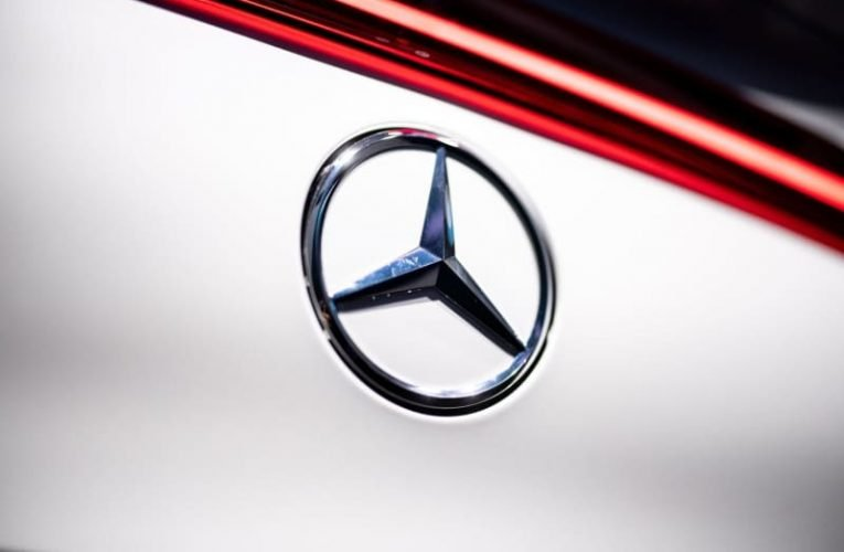 Chip shortage forces Mercedes-Benz to offer cars with less equipment